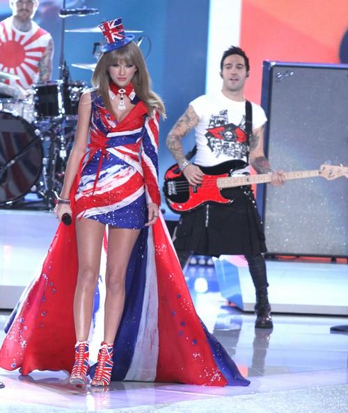 Taylor Swift Gets Jessica Hart Her Job Back At Victoria's Secret?