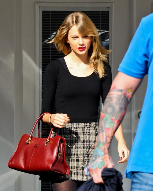 Taylor Swift the Neighbor From Hell? - Find Out Why So Many People Are Angry With Her!