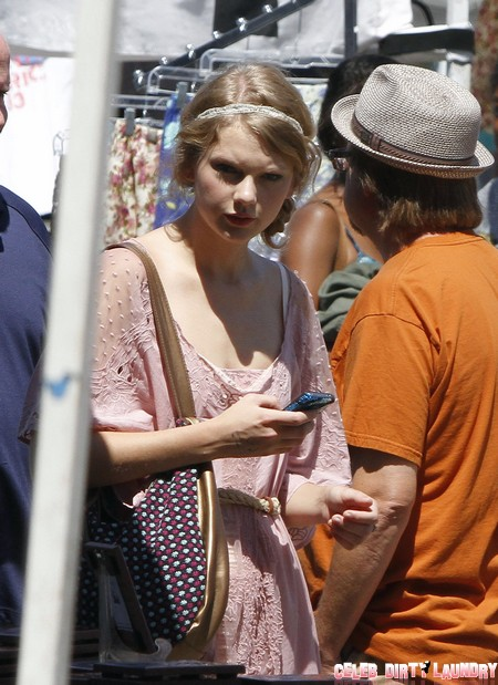 Taylor Swift Sexting With Conor Kennedy – Lyrical Libido?