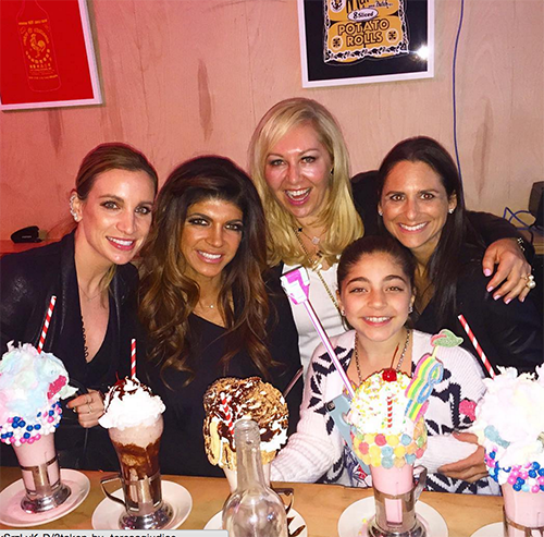 Teresa Giudice Pregnant With Baby Number Five – RHONJ Star Spotted With Baby Bump After Joe Giudice Checks Into Prison