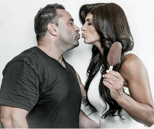 Teresa Giudice Baby Bump Photos, Pregnant, Divorce News: Real Housewives of New Jersey Star Fired After Sentencing?