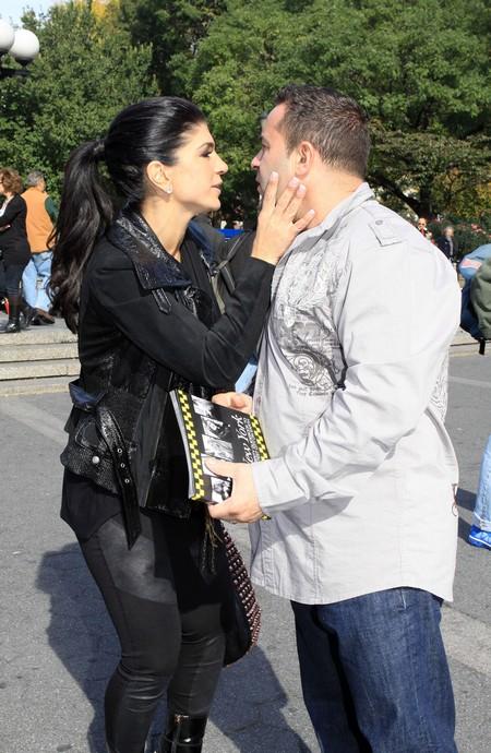 Teresa And Joe Giudice Lead Sad Separate Lives