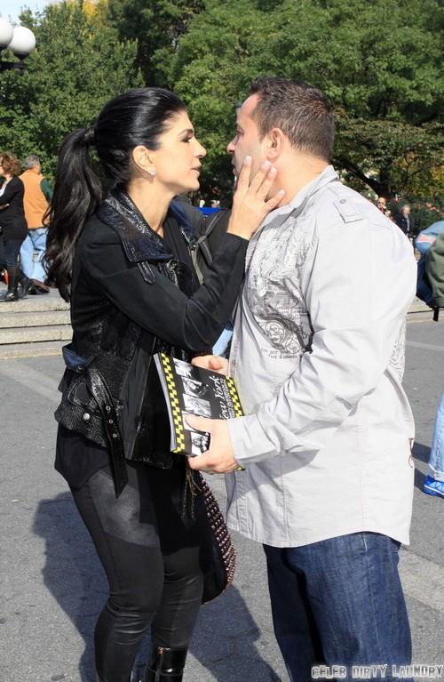 Teresa Giudice and Joe Giudice Plan To Avoid Prison: Flee To Family in Italy - Report