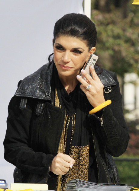 Real Housewives of New Jersey Teresa Giudice's Daughter Gia has Dramatic Heart-to-Heart Talk with Poison!