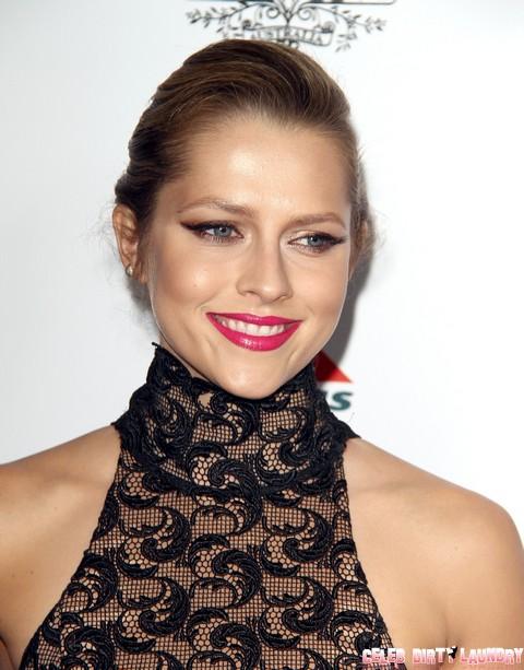 Jennifer Lawrence's Ex-Boyfriend, Nicholas Hoult Back With Teresa Palmer