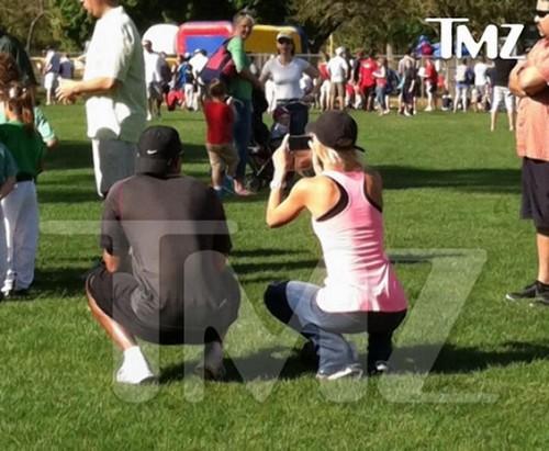 Tiger Woods & Ex-Wife Elin Nordegren Spotted Together