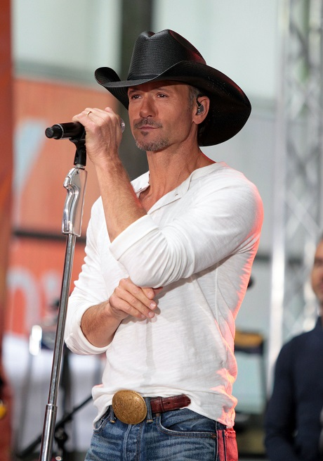 Tim McGraw and Faith Hill Divorce: Tim Begs Faith For Split From Loveless, Boring Marriage!