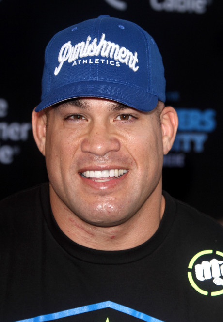 Tito Ortiz Ex-UFC Fighter Crashes Porsche in LA - Arrested for DUI!