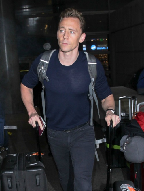 Tom Hiddleston Breakdown: Actor Admits Taylor Swift Relationship Induces Stress