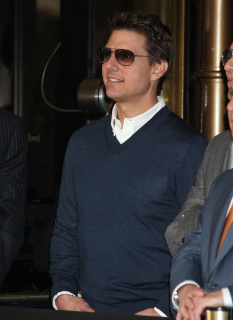 Tom Cruise Admits he Neglected Suri Cruise for 110 Days after Katie Holmes Divorce in Tabloid Lawsuit!