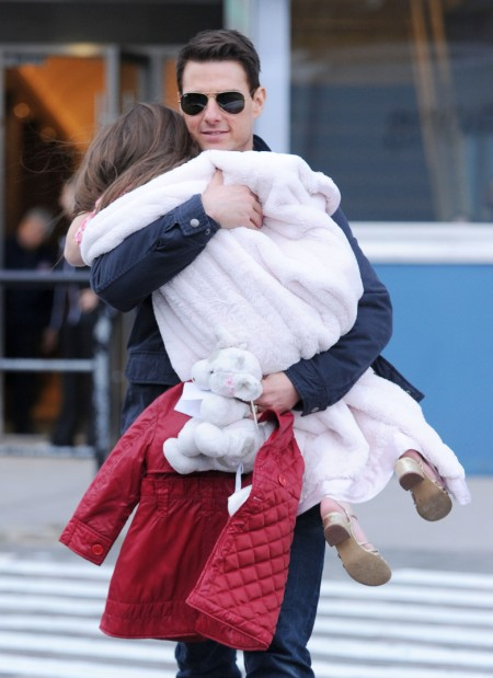 Tom Cruise Spoils Suri Rotten While Isabella Lives Like The Homeless