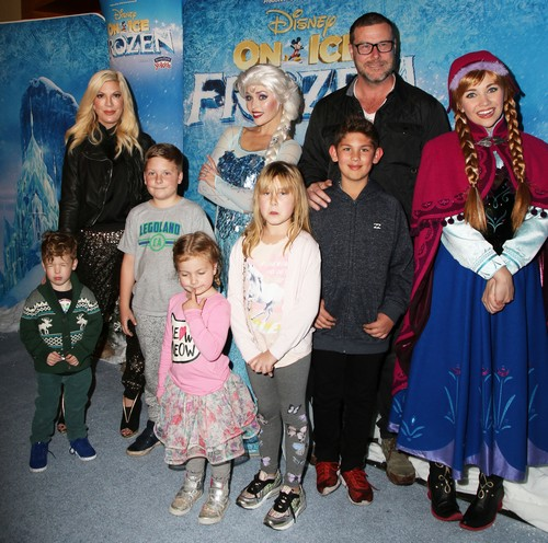 Tori Spelling Reunites With First Husband Charlie Shahnaian – Marriage To Dean McDermott Over?
