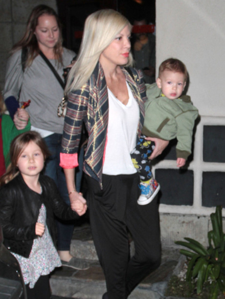 Tori Spelling And Dean McDermott's Future Uncertain After Rehab: His Betrayal Might Leave Their Family In Pieces!