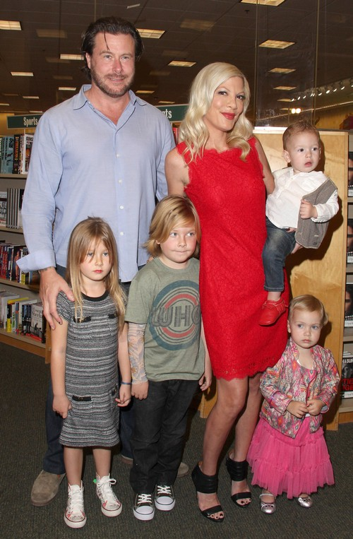 Tori Spelling Aims For 2014 Divorce After Dean McDermott Cheats With Emily Goodhand