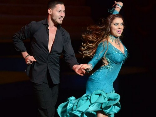 Who are the dancing with the stars pros dating