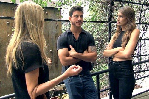 "Vanderpump Rules RECAP 12/23/13: Season 2 Episode 8 ""Sherlock Stassi"""