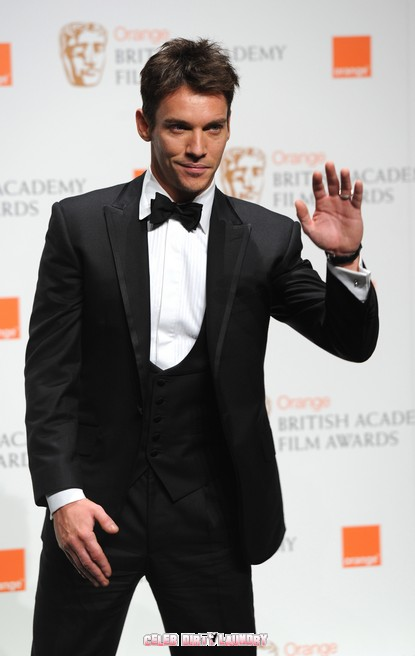 Tudors Star Jonathan Rhys Meyers Attempts Suicide