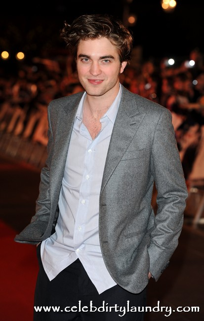 Robert Pattinson Rallies Fans To Attack Nasty Hackers Who Stole And Leaked Breaking Dawn Pics
