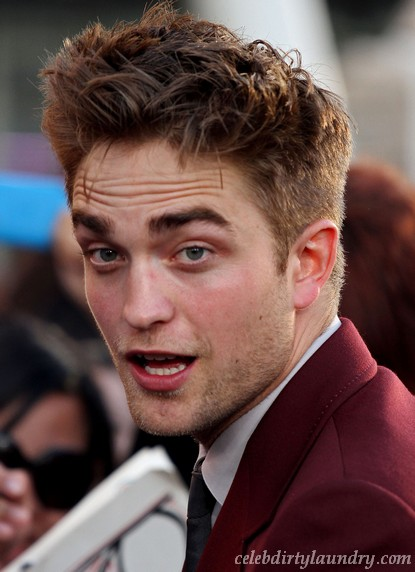 Robert Pattinson Doesn't Want To Buy A House