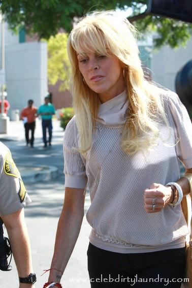 Lindsay Lohan's Mom Dina Lohan To Star On Radio