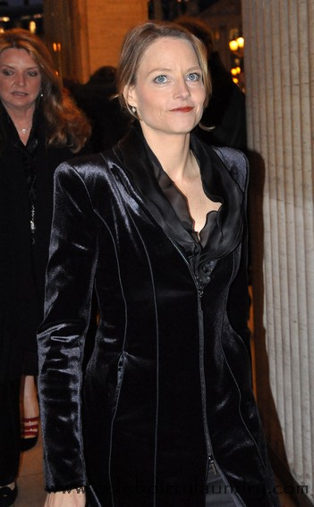 Jodie Foster Makes Intellectual Play For Kristin Stewart - Any Ulterior Motives?