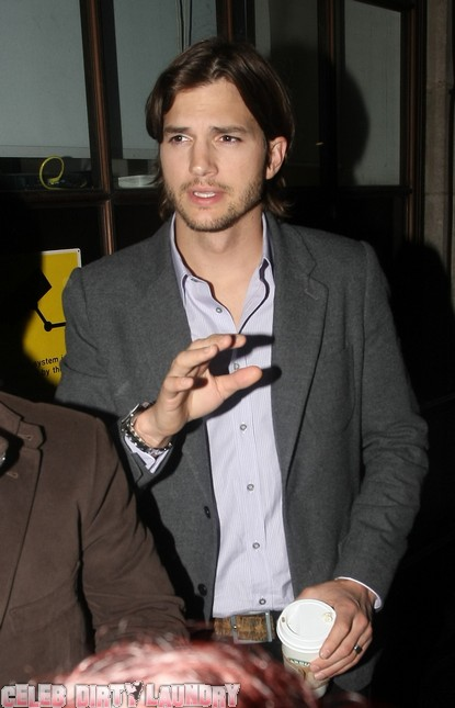 Ashton Kutcher Addresses Cheating Rumors On Twitter