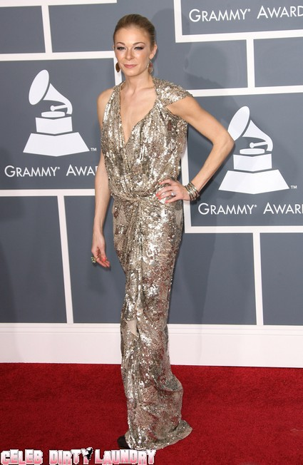 LeAnn Rimes Hits Back At Fellow Anorexic Looking Star Guiliana Rancic