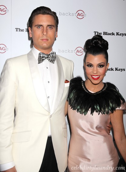 Kourtney Kardashian & Scott Disick Have Sex In Public