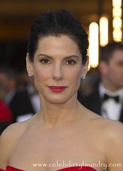Sandra Bullock Reaches Out To Renee Zellweger