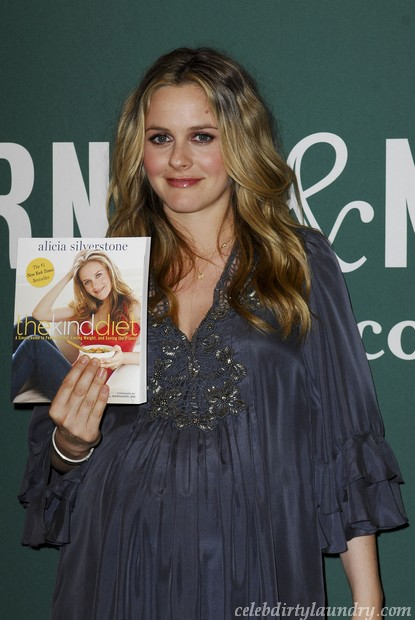 Alicia Silverstone Gives Birth!