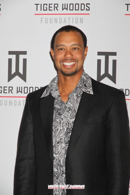 Tiger Woods Divorces His Caddy - Is Woods Done With Pro Golf ?