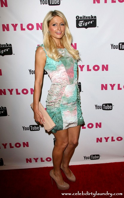 Paris Hilton Apologizes To Lindsay Lohan For Nasty Comment