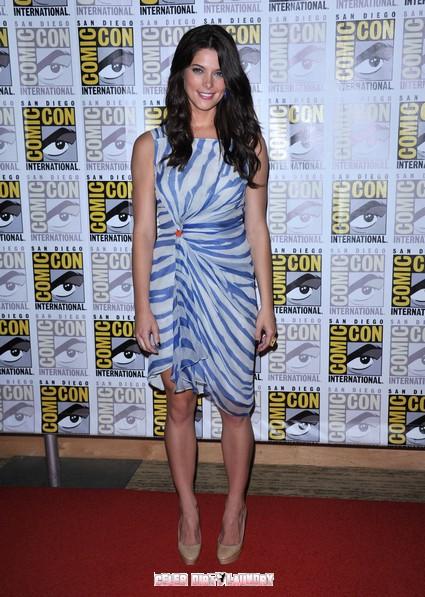 Twilight's Ashley Greene Reveals How 'Real' It Was Watching Kristen Stewart Walk Down The Aisle In Breaking Dawn
