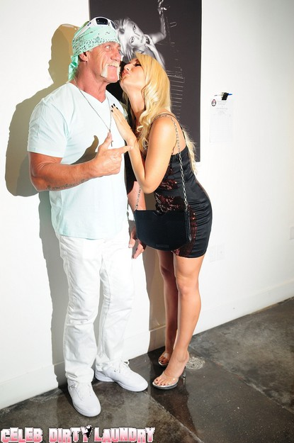 Brooke Hogan Takes Dad To Nude Photo Display Then Denies Incest