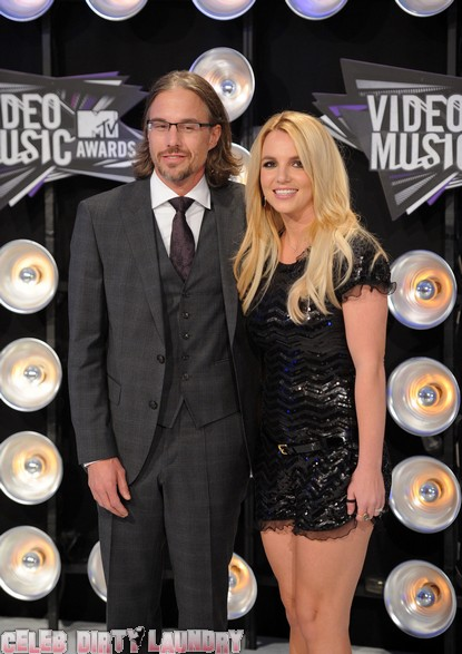 Britney Spears Not Getting Engaged To Jason Trawick