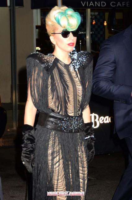 Lady Gaga To Sport Diamond Teeth Implants For Paris Fashion Week