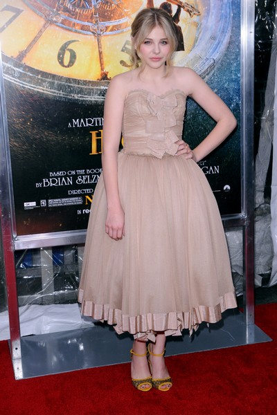 Chloe Moretz Dazzles At Hugo Premiere (Photo)