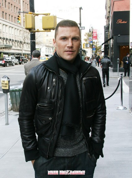 NHL Enforcer Sean Avery Locked Up For Shoving A Policeman