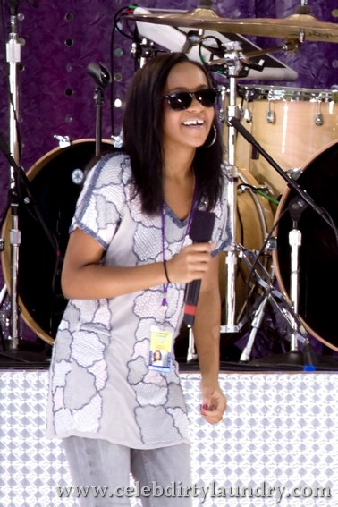 Wayward Daughter Of Whitney Houston And Bobby Brown - Bobbi Kristina Headed For Reality TV