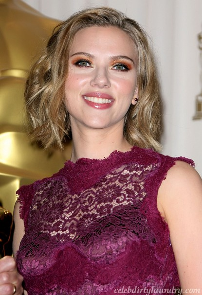Scarlett Johansson & Sean Penn Moving In Together
