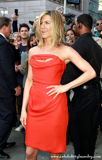 Jennifer Aniston Flashes Her Breasts In New Movie - Who Cares?