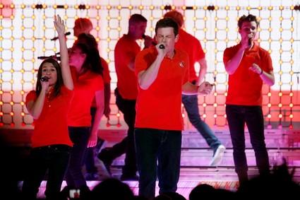 Glee creator Ryan Murphy Confirms That The Cast Will Graduate!