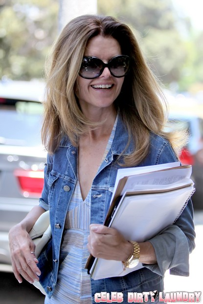 Maria Shriver Wants Divorce Over With ASAP!