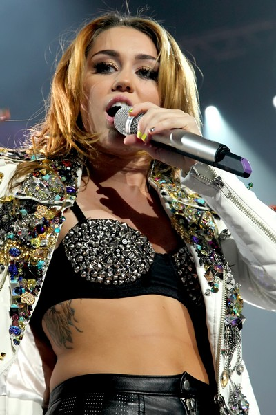 Miley Cyrus To Take A Drug Test?