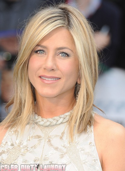 Jennifer Aniston's Neighbors Are Fed Up With Her