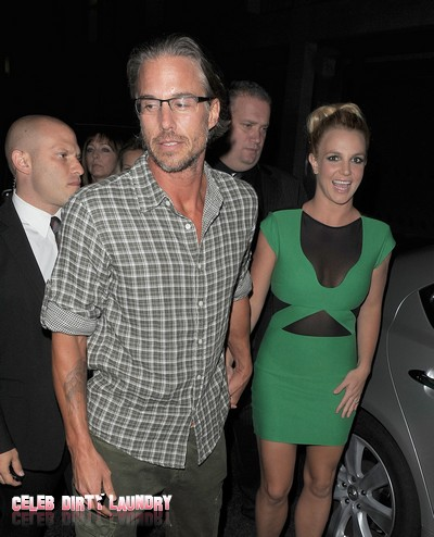 Missing Ring Stands Between Britney Spears And Engagement To Jason Trawick
