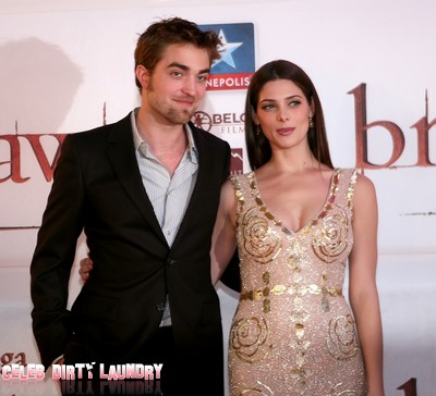 Robert Pattinson and Ashley Greene Party In Stockholm Until 3:30 AM