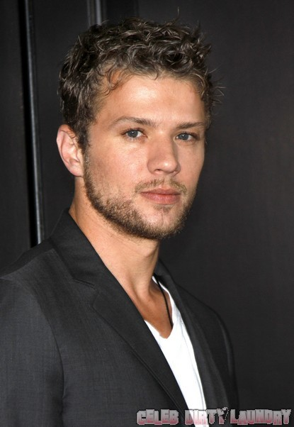 Ryan Phillippe & Amanda Seyfried Split!