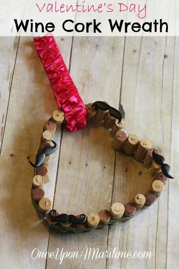 VALENTINE CORK HEART WREATH CRAFT