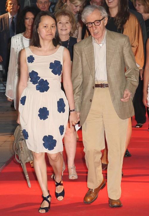 Meet Ronan Farrow: Mia Farrow And Frank Sinatra's Love Child, Not Woody Allen's Kid